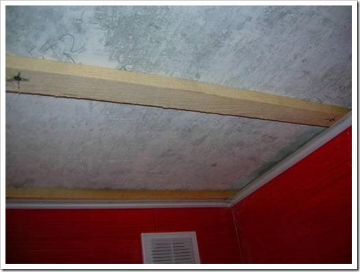 Как делать ремонт потолка?