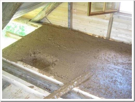 Как утеплить потолок бани глиной