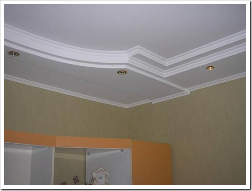 Плинтус на двухуровневом потолке