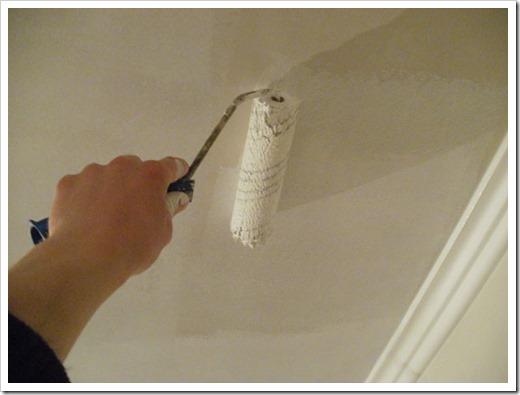 Как побелить потолок из гипсокартона?