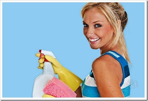 Что категорически нельзя использовать при очистке глянцевых полотен