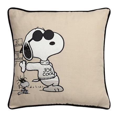 Купить Подушка прогулка Снупи Snoopy Promenade
