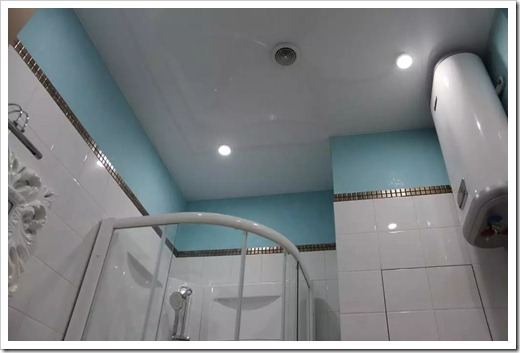 Выбор цвета потолка для ванной