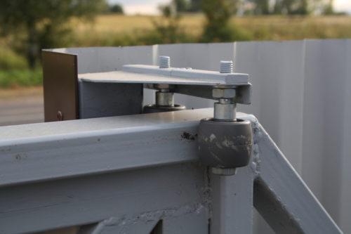 Какие ролики используют для откатных ворот